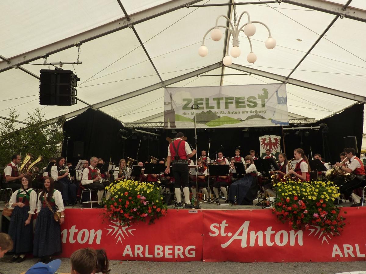 2 Zeltfest